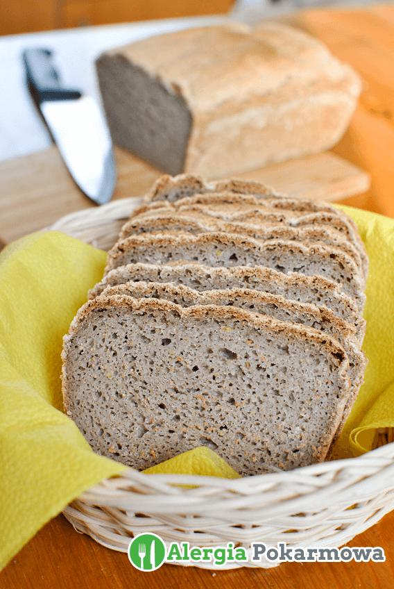 Chleb gryczany z tapioką i siemieniem lnianym
