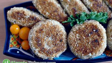 Kotlety z ciecierzycy w sezamie (bez glutenu, jajek)