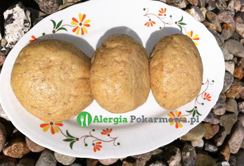 Pyzy drożdżowe kukurydziano–jaglane (bez glutenu, mleka, jajek)
